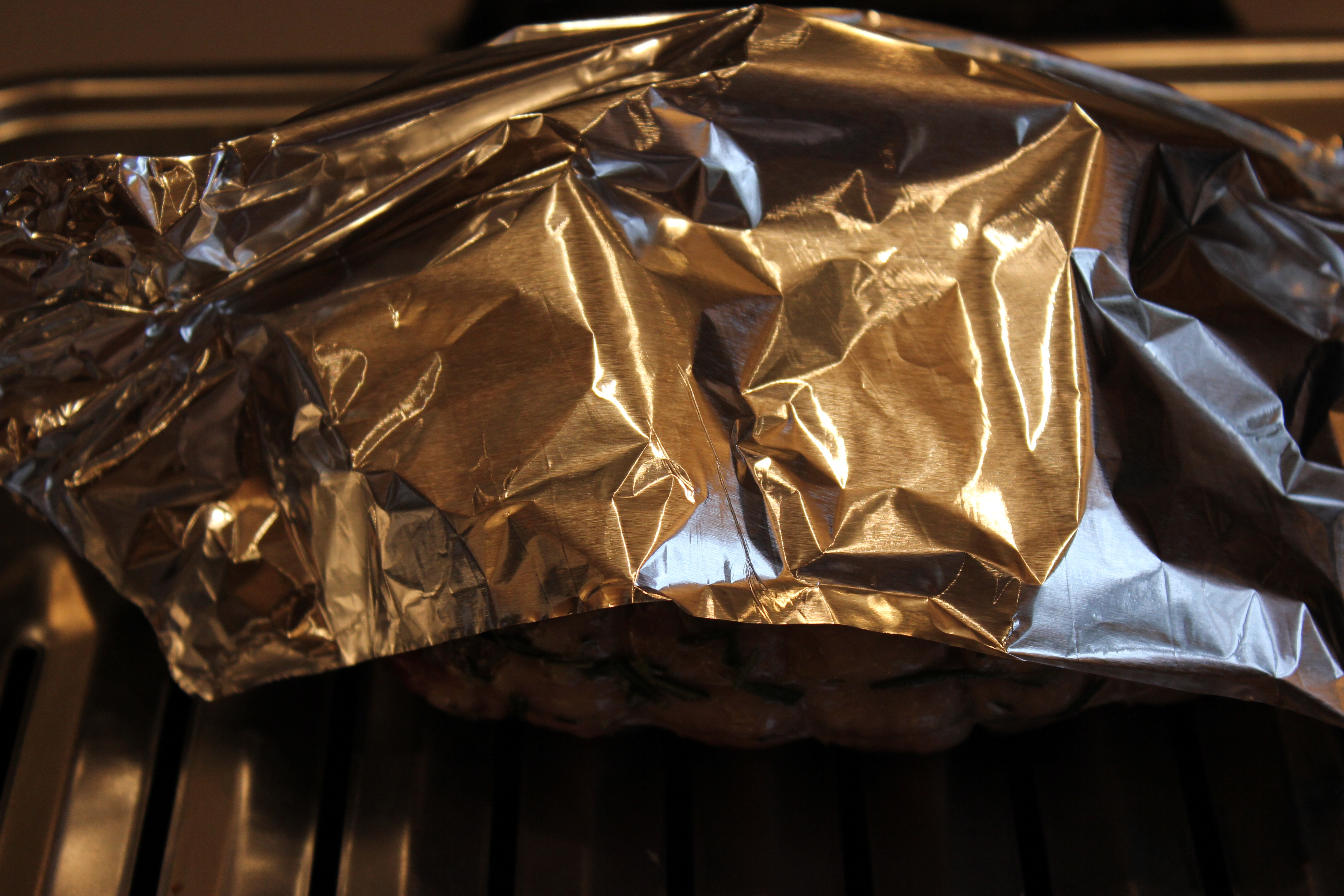 Don't forget to use aluminum foil and make a little tent for the lamb meat.